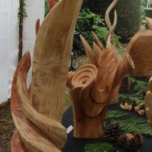 Aranżacja ekspozycji w ogrodzie